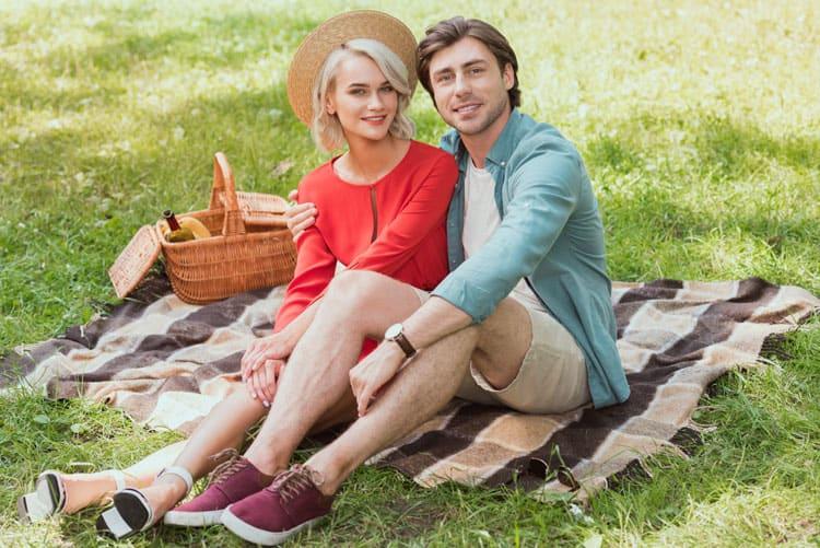 Stel aan de picnic